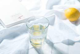 叶酸作用与功效是什么,吃多了叶酸会有副作用吗?