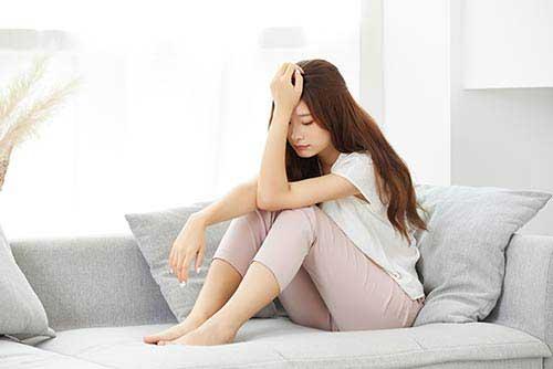 抑郁症的表现症状有哪些?出现以下几种症状就要小心了!